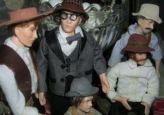 Doll by Taru Astikainen, styling by Anne, Malakoffit  - Kauppakylän Miehet
