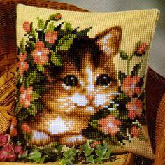 Набор для вышивания крестиком VERVACO. Котенок в цветах 1200-238