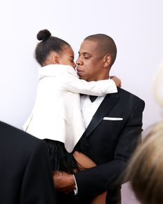 Jay Z and Blue Ivy Are the Definition of Twinning While Supporting Beyoncé at the CFDA Fashion Awards Beyonce Et Jay Z, Beyonce Knowles, Jay Z Blue, Blue Ivy, Carter Kids, Mrs Carter, Celebrity Babies, Celebrity Couples, Ivy Bleu