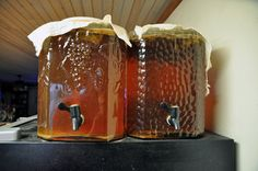 continous brew kombucha http://myculturedpalate.com/blog/2013/01/29/kombucha-continuous-brew-method/#