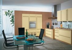 #Kitchen Idea of the Day: Creamy Yellow Kitchen. (By ALNO, AG)
