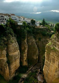 Cliff Top, Ronda, Andalusia, Spain photo via vagabond Places Around The World, Oh The Places You'll Go, Travel Around The World, Places To Travel, Places To Visit, Around The Worlds, Madrid, Wonderful Places, Beautiful Places