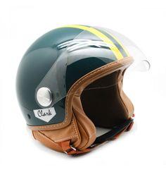 Estás buscando un casco para tu moto, original y hecho a mano? En Fulham hemos traído este desde Italia sólo para ti Bike Helmets, Riding Helmets, Fulham, Motorbikes, Cars, Italia, Waterfalls, Searching, So Done