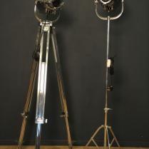 Projecteur de cinéma en métal chromé 4