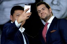 Henry Cavill Photos - Henry Cavill At The Huawei P9 Global Launch In London - Zimbio