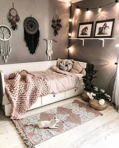 bohemian Bbedroom Bdecorating Bboho Bideas B-Relaxing Bohemian Bedroom Design Ideas College Bedroom Decor, Room Ideas Bedroom, Small Room Bedroom, Master Bedroom, Girls Bedroom, Bedroom Inspo, Bed Room, Bedroom Furniture, House Furniture