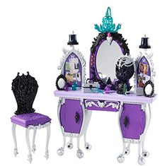 Raven Queen Destiny Vanity Ever After High Playset by Mattel, 2013 Toys For Girls, Kids Toys, Baby Girl Toys, Dorm Room Accessories, Mattel Shop, Ever After Dolls, Ever After High Toys, Raven Queen, New Dolls