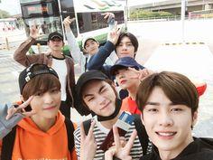 Ten and Johnny are mutuals and internet friends that end up living cl… Taeyong, Jaehyun, Nct 127, Yang Yang, Winwin, K Pop, Group Photos, China, K Idols