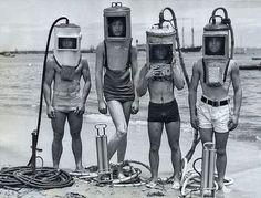 divers.jpeg (455×347)