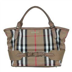 burberry http://media-cache1.pinterest.com/upload/176414510372883507_mG1xk2tu_f.jpg deelaroche bags totes purses