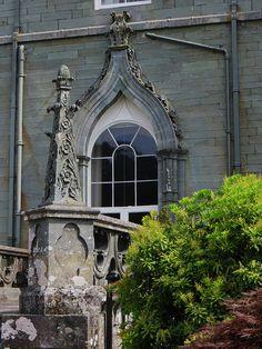 Inveraray Castle window, Inveraray, Argyll and Bute, Scotland, UK… England And Scotland, Scotland Country, Scotland Uk, Beautiful Buildings, Beautiful Places, Duke Of Argyll, Inveraray Castle, Loch Fyne, Architecture Details