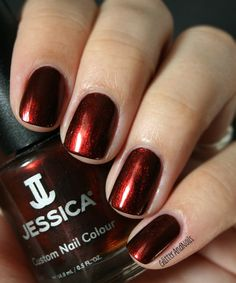 On Glitter and Nails: Jessica Cinnamon Kiss  http://glitterandnails.blogspot.fr/2012/11/jessica-cinnamon-kiss-ou-le-dupe-parfait.html
