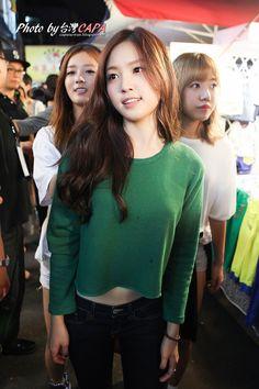 APink NaEun @ Taiwan Night Market