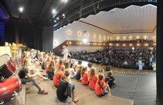 Kinderkonzert der Seesterne im Wunstorfer Stadttheater im Rahmen der Landesbegegnung Schulen musizieren am 12.05.2016.  #latergram #kinderkonzert #concert #wunstorf #music #grosse buehnefuerkleineleute #applaus #applause