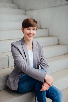 business lichtmdchen fotografie business job career professional headshot cv - Sarah Connor Lebenslauf
