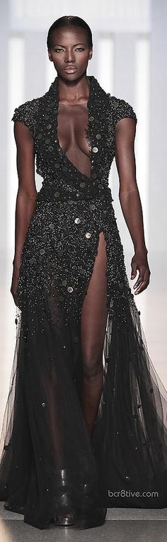 Tony Ward Haute Couture Fall Winter 2013> i wish i had the guts and the body to wear this...lol