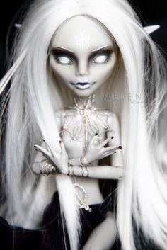 custom ooak monsterhigh gulia doll repaint Shillen Goddess Melenka darkelf