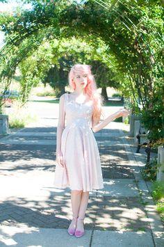 Feeling very much like a Retro Princess Bubblegum in this dress! Fashion Photo, Fashion Beauty, Sweet Style, My Style, Vintage Street Fashion, Princess Bubblegum, Swing Dress, Mermaid, Cute Outfits