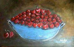 Bowl of delicious cherries