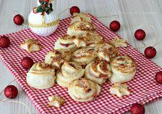 Antipasti per Capodanno - Tante semplici e sfiziose idee Antipasto, Kitchen Recipes, Mochi, Finger Foods, Camembert Cheese, Muffin, Food And Drink, Pudding, Breakfast