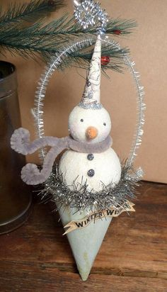 Vintage Inspired Snowman Cottage Style Folk Art Christmas ...
