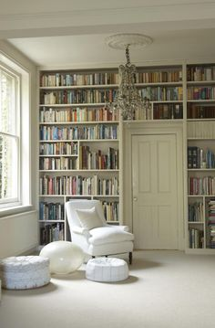 Home Library Design Ideas With Stunning Visual Effect - Bookshelves wall