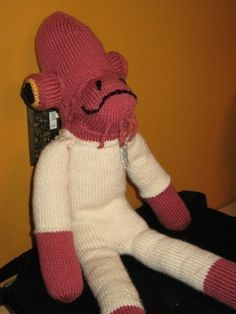 Knitting pattern for Admiral Ackbar and more Star Wars knitting pattern