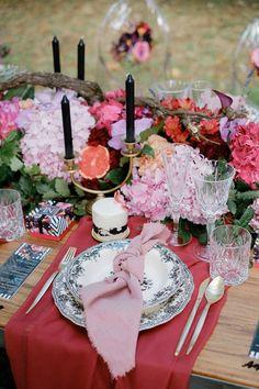 Pink and cranberry table decor   Image by atmosphere Cozy Wedding, Wedding Dinner, Red Wedding, Wedding Blog, Wedding Reception, Wedding Ideas, Unique Wedding Colors, Beautiful Wedding Venues, Unique Weddings