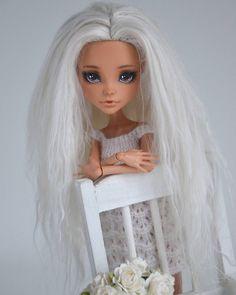 -Eva- #monsterhigh #monsterhighdolls #ooak #ooakdoll #repaintdoll #custom #dollcollection #cleo #cleodenile #doll #dolls