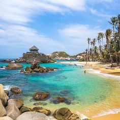 Friday is a great day to be in Cabo San Juan at Parque Tayrona in Colombia! Amazing pic by Beautiful Places To Visit, Great Places, Places To Travel, Places To Go, Tayrona National Park, Japan Destinations, Colombia South America, Famous Beaches, Beautiful Latina