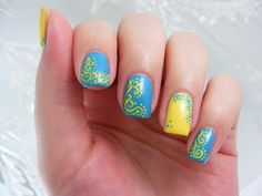 Art Evolve: Blue and Yellow Manicure