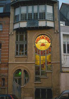 Art Nouveau Architecture @ 6 Rue du Lac at dusk in Brussels, Belgium Architecture Design, Architecture Art Nouveau, Beautiful Architecture, Beautiful Buildings, India Architecture, Building Architecture, The Doors, Windows And Doors, Art Nouveau Arquitectura