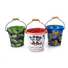 This small cute tin badge with your desired printing can be the best promotional gifts to your customers.