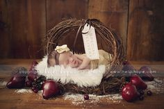 © Heidi Hope Photography #photographer #photography #portrait #baby #newborn #holiday #christmas
