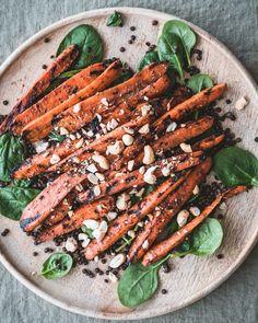 Misoporkkanat on helppo grillilisuke ja kesäruoka Carrots, Vegetables, Recipes, Food, Essen, Carrot, Vegetable Recipes, Meals, Eten
