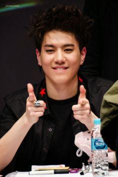 GOT7 Yugyeom. Noona likes you ;))
