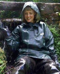 - Photos - page 3 Rubber Raincoats, Hooded Cloak, Pvc Raincoat, Heavy Rubber, Rain Gear, Hunter Wellies, Rain Jacket, Windbreaker, Rain Boots