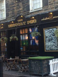 Edinburgh pub The Shoogly Peg (Wil)