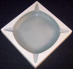 Vintage-Mid-Century-Modern-Atomic-Space-Age-Sputnik-LARGE-CERAMIC-ASHTRAY-Hyalyn