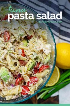 Tuna pasta salad loaded with creamy avocado, red onion, and diced tomatoes. This is a summer staple and makes a great lunch! #tunapastasalad #pasta #sidedish Tuna Salad Pasta, Pasta Salad Recipes, Crab Salad, Macaroni Salad, Pasta Dishes, Food Dishes, Side Dish Recipes, Dinner Recipes, Slow Cooker Pasta