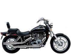 Honda-Shadow-VT1100C