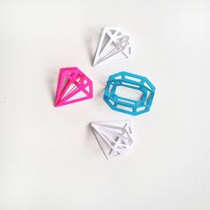 """DIY 3d Gems - Maritza Lisa: Add that extra """"sparkle"""" to your gifts with these 3d paper gemstones. Click through for the tutorial"""