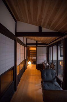 古民家再生の実例写真   戸田工務店 Zen Design, House Design, Washitsu, Japanese Style House, Prairie House, Japanese Interior, Japanese Architecture, Apartment Interior, Traditional House