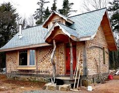 Michael Fuller is in the process of building a tiny cordwood home in Nova Scotia, Canada. He has incorporated delightful twists and turns to make his design elegant and intriguing. The large gable… Home Building Design, Building A House, House Design, Green Building, Style At Home, Cordwood Homes, Energy Efficient Homes, My Old Kentucky Home, Unusual Homes