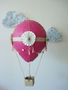Wanna make these with the kids Paper Mache Hot Air Balloons :D