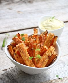 Er du en av dei som aldri klarer å få søtpotetfries sprø? Tapas, Food Porn, Norwegian Food, Kos, Snack Recipes, Healthy Recipes, Small Meals, Low Carb Keto, Us Foods