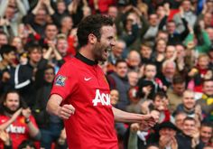 Juan Mata puts United further in front with his first goal since arriving from Chelsea.