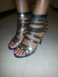I just saw her wearing these shoes and i asked her to take a pic. I love these shoes.