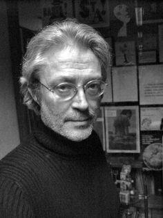 Peret (Pere Torrent, Barcelona, 1945), también conocido como Peret, es un diseñador gráfico, ilustrador, fotógrafo y escultor español. En 1998 le fue otorgado el Premio Nacional de Diseño. En la actualidad vive y trabaja en Barcelona.