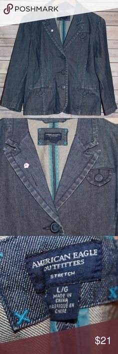 American Eagle Denim Blazer Jacket Large HW1531 American Eagle Denim Blazer Jacket  Size: Large   Color: Blue Medium Wash Denim  Pockets   Tailored Fit *It does have a flower Pin as pictured on the collar - removal of pin will cause 2 microscopic holes in its' place* American Eagle Outfitters Jackets & Coats Blazers